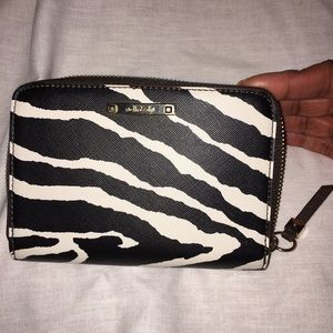 Stella & Dot Zip Around Wallet